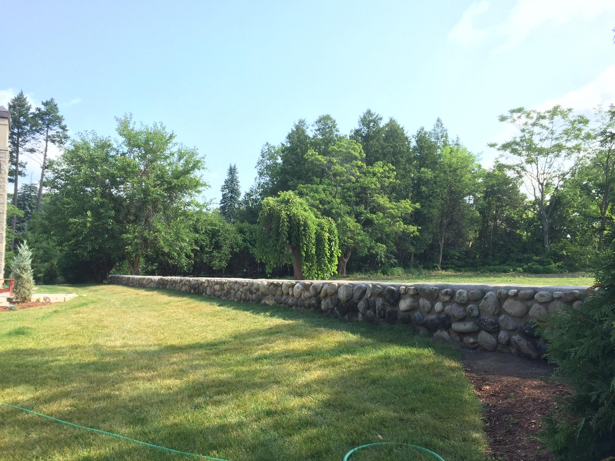 Retaining wall by Royal Masonry